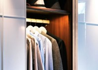 Iluminaci n en el comedor ledbox news - Iluminacion interior armarios ...