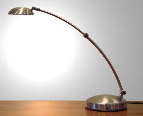 Cambiar las bombillas pequeñas tipo bipin G4 por unas Led