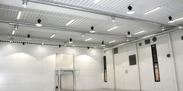 Iluminaci n de una nave industrial caso pr ctico y ahorro - Iluminacion con leds en casas ...