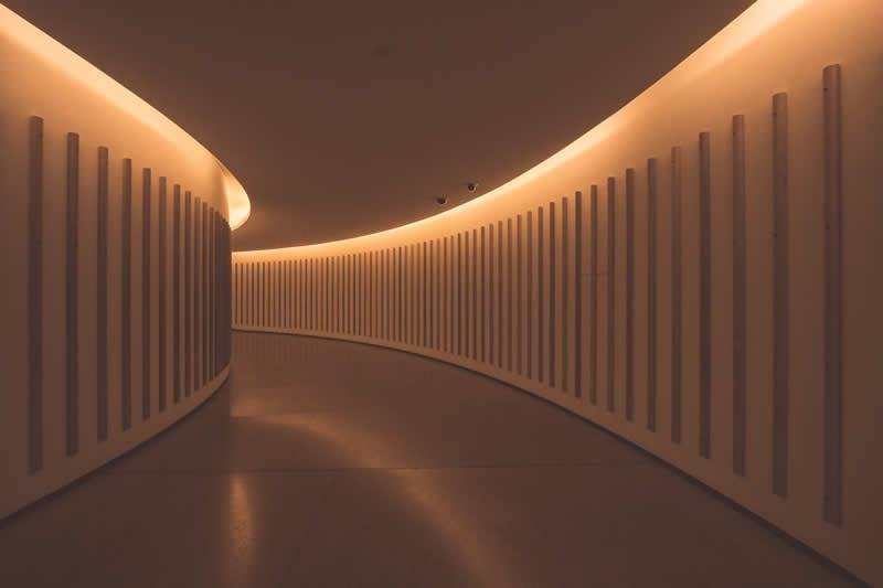 iluminacion indirecta de pasillos